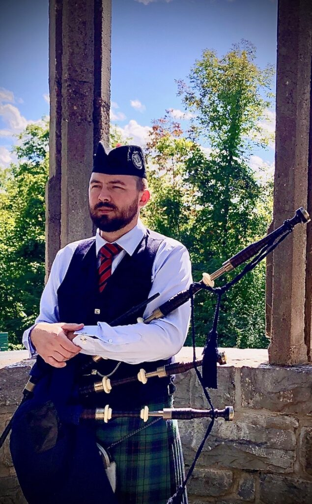 Ross taking a break from recording bagpipes just out side of Ottawa.